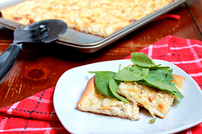 Three-Cheese Apple Chicken Pizza