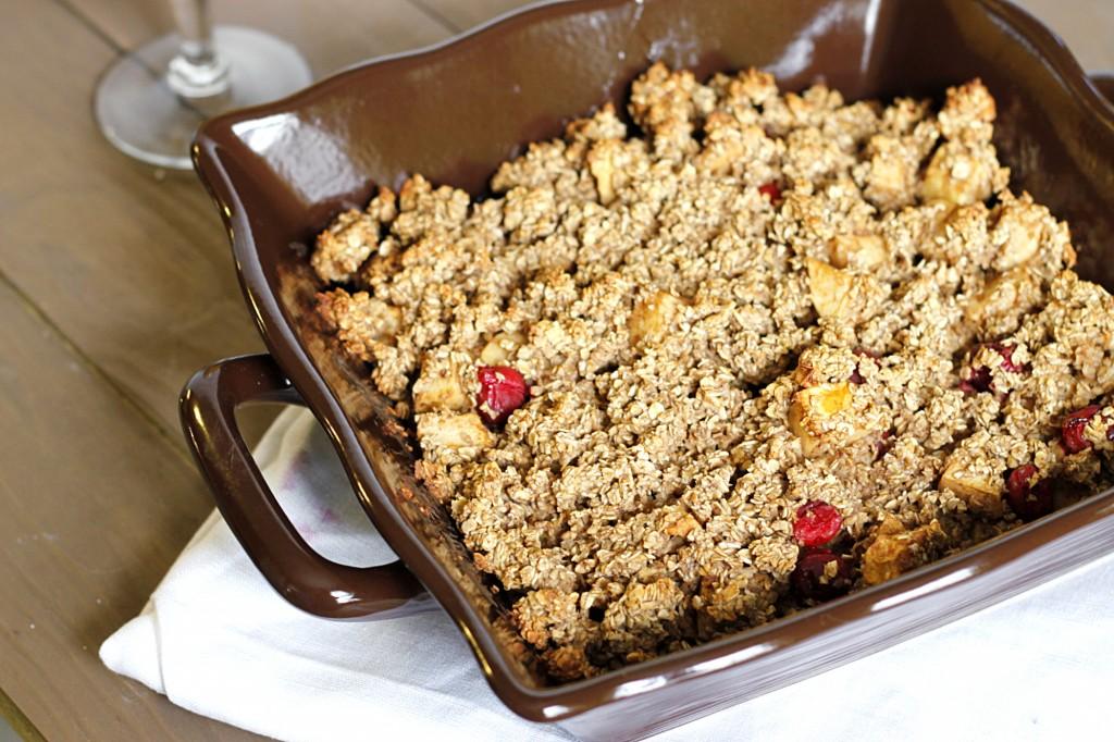 Apple-Cranberry Oatmeal Bake