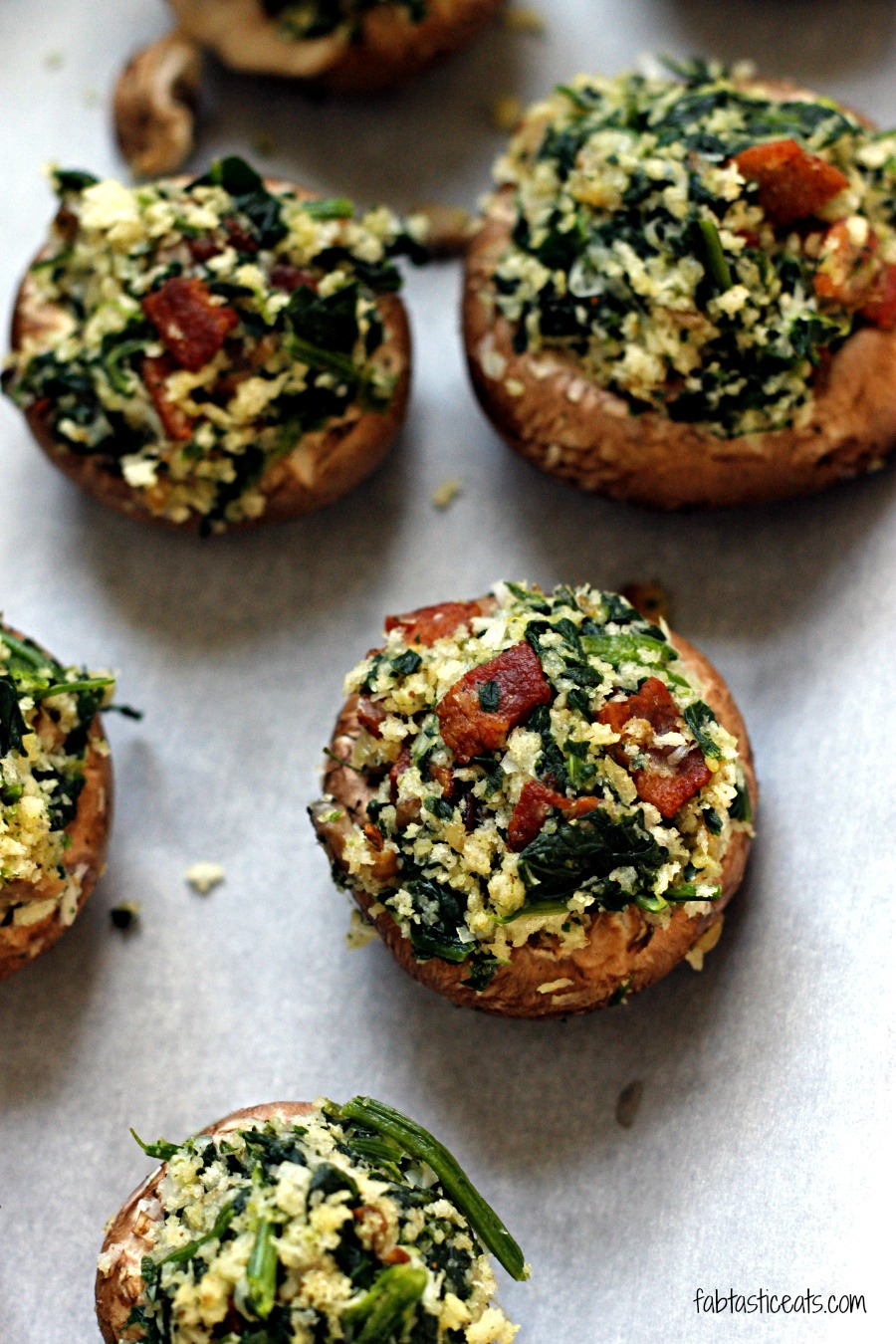 Bacon and Spinach Stuffed Mushrooms with a Balsamic Glaze | Fabtastic ...