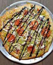 Chicken & Pesto Gouda Pizza
