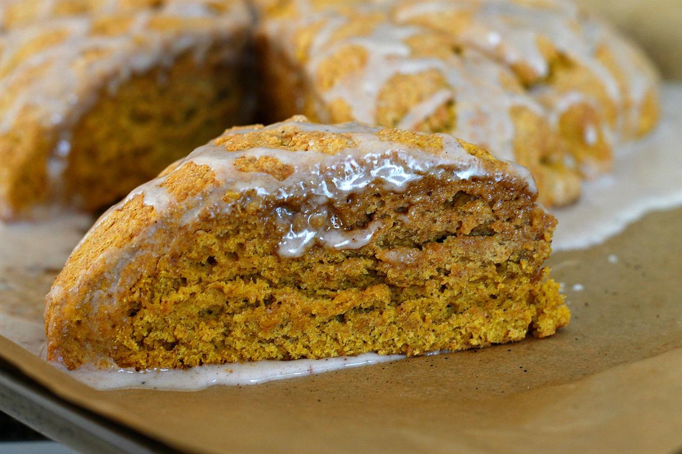 Ginger Pumpkin Scones | Fabtastic Eats