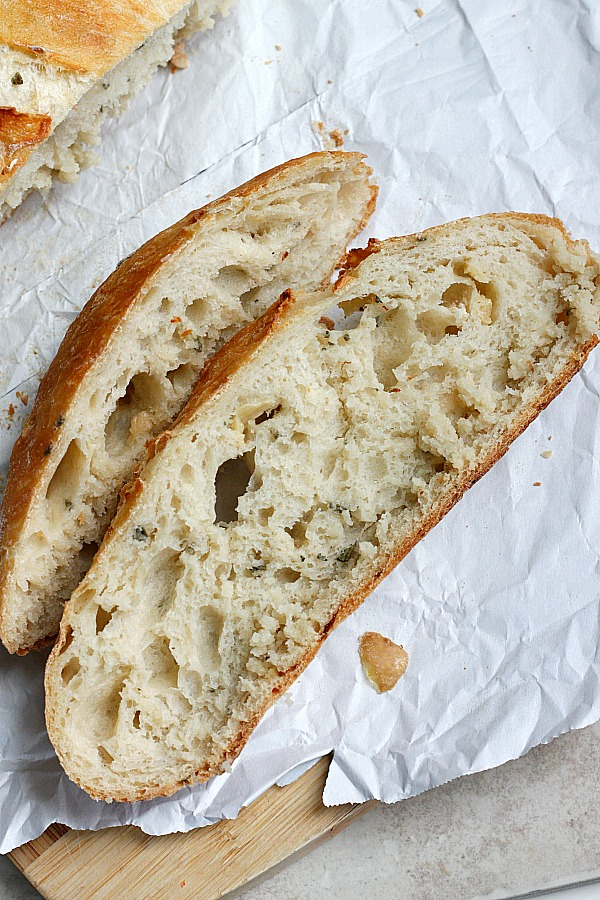 Roasted Garlic & Rosemary Artisan Bread | Fabtastic Eats